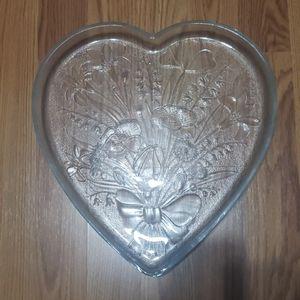 Large glass crystal heart dish valentine NWOT